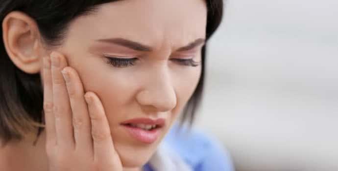 Тризм челюстей - причины, лечение в Тюмени