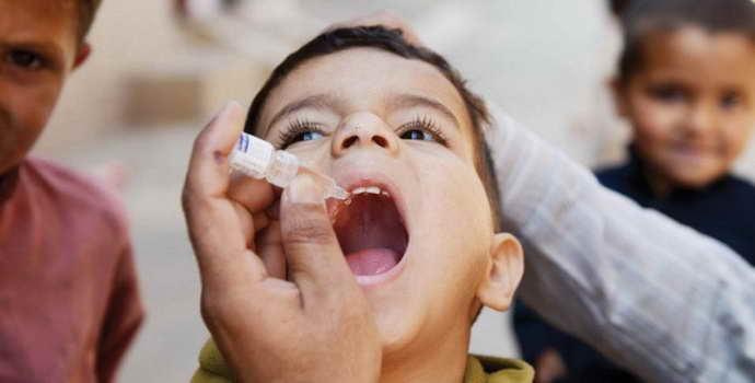 Вакциноассоциированный полиомиелит: причины, симптомы, лечение