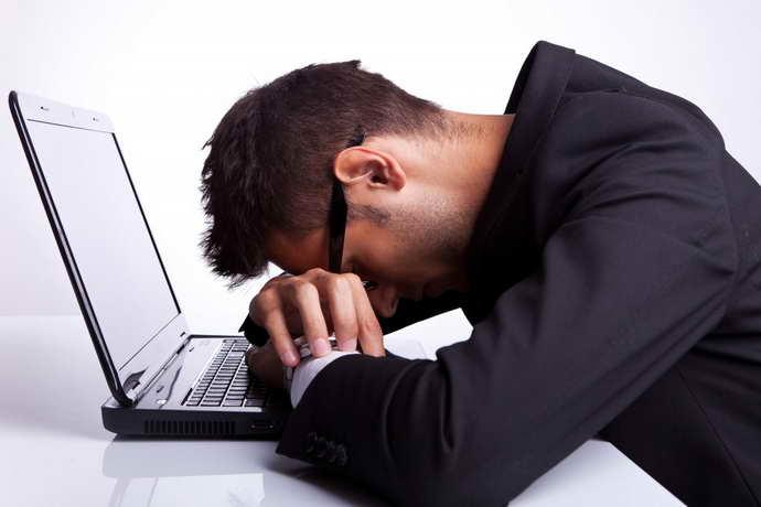 какие симптомы имеет вертебро базилярная недостаточность на фоне шейного остеохондроза
