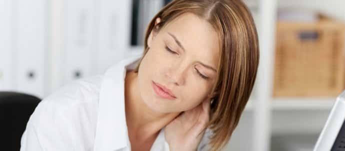 Вертеброгенная цервикокраниалгия: характеристика, признаки и симптомы