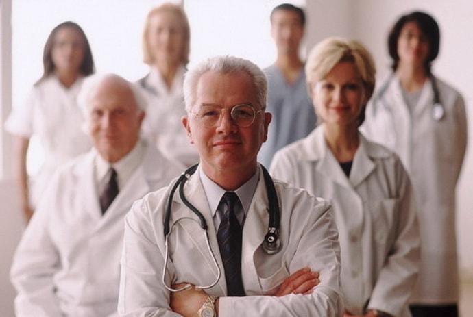 Полезно знать, какие врачи лечат ВСД